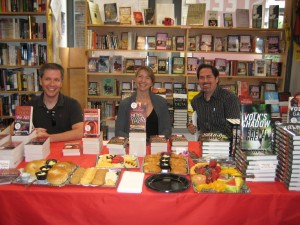 Simon at Seattle Mystery Books with Michelle Gagnon and Brent Ghelfi.