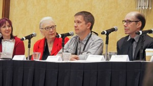 Simon at the closing ceremonies for Bouchercon  with J.A. Jance, Jeffery Deaver and Tammy Kaehler.